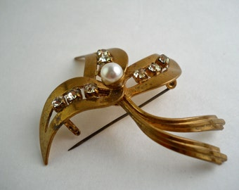 Citrus Rhinestone faux pearl Gold Tone  Abstract Brooch Made In Germany.