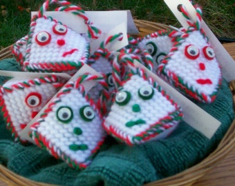 Christmas Kissies in red, green or white for your tree or stocking