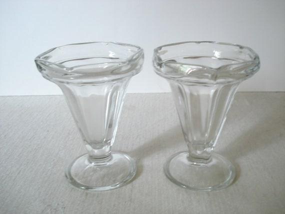 vintage tall milkshake glasses ice cream sundae dishes glass. Black Bedroom Furniture Sets. Home Design Ideas