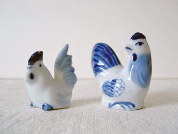 Vintage Rooster & Hen Porcelain Figurines - Miniatures - Blue White - 1970