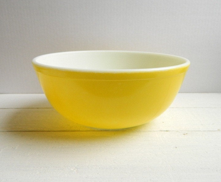 Vintage Pyrex Primary Yellow Mixing Bowl Original 1940's