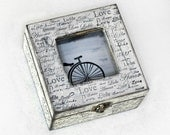 Small Treasury Love Box with Window .