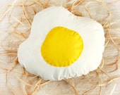 Egg pillow