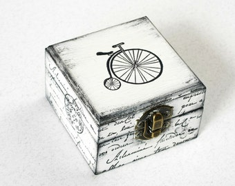 White Bicycle Treasury Box, Jewelry box, Wooden Box,  Treasury Box, Jewelry Box, Distressed box