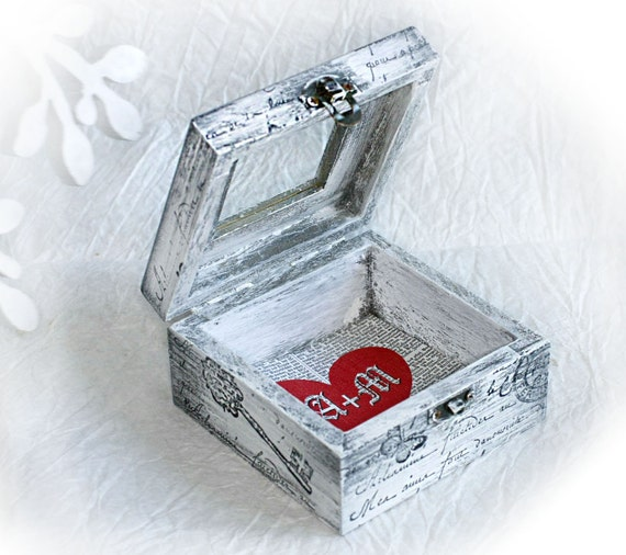 Customizable boxes, Ring Bearer, Small Treasury Love Box with Window , Boxes