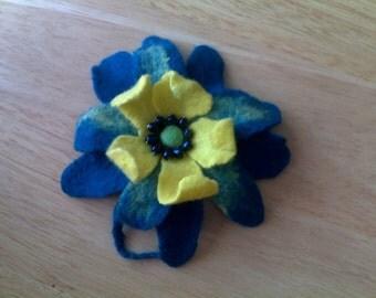 Handmade felted wool flower pin/broche