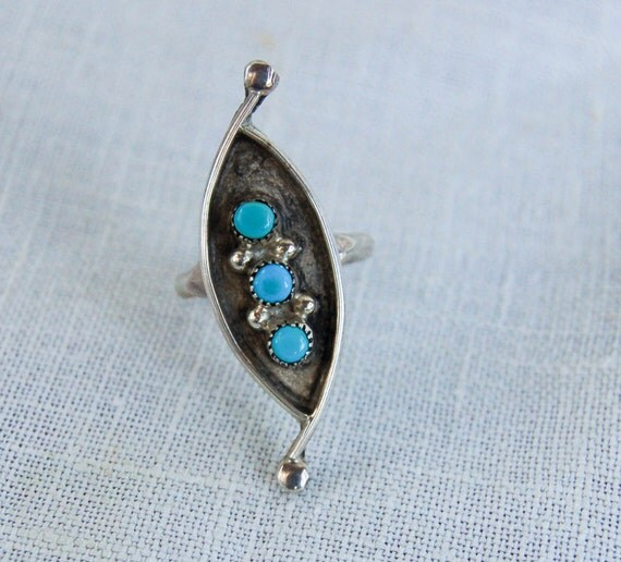 Vintage Navajo Turquoise Ring Desert Trinity