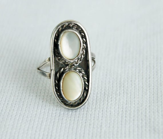 Vintage Navajo Ring Mother of Pearl Pair in Sterling Silver