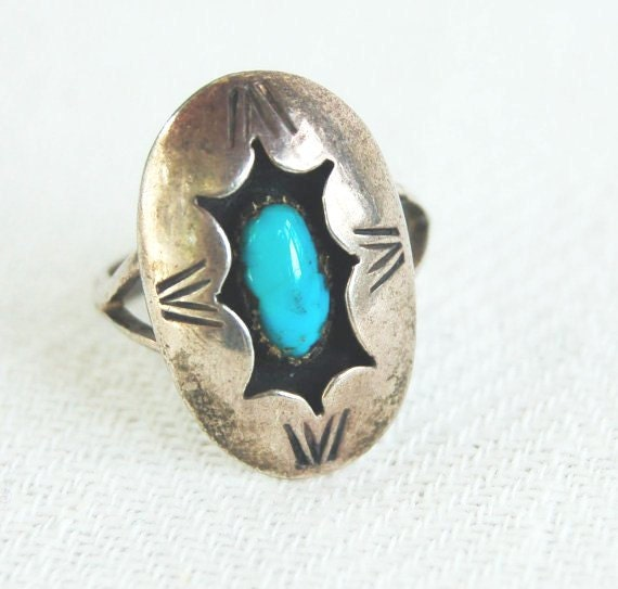 Vintage Navajo Silver and Turquoise Shadow box Ring