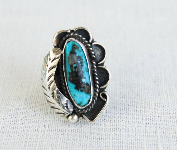 RESERVED for Lindsay through 10/23 Vintage Turquoise Ring Feather in the Desert