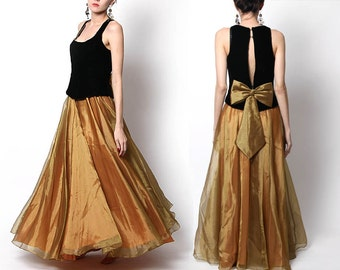 Vintage Black Gold Flowy Gown / formal dress / evening wear / Holiday Dress
