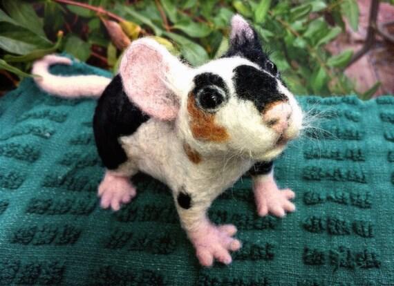 RESERVED Adorable OoaK pet MOUSE / RAT - needle felted soft sculpture - fiber art - QofQ