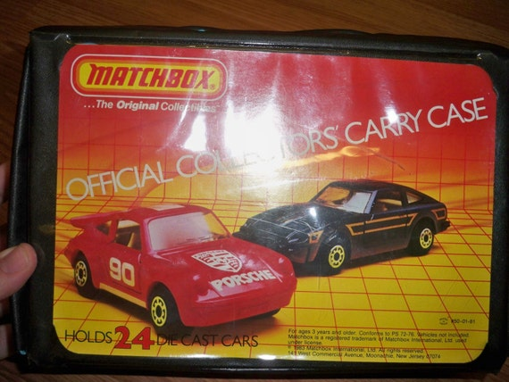 Vintage Matchbox Official Collectors Carry Case and Matchbox Cars - 1983