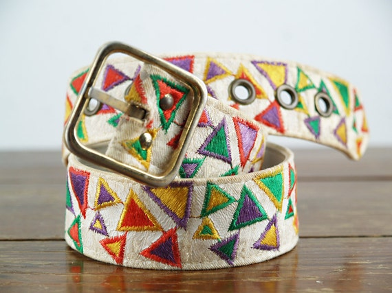 Vintage 70s Rainbow Tribal Belt - Embroidered Triangle - size 28 small