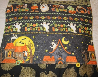 "14"" x 14"" PILLOW COVER - Sparkly Halloween Ghost Haunted Houses Costumes"