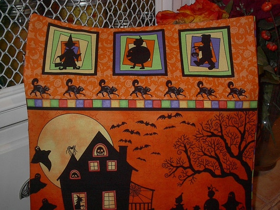 "14"" x 14"" Silhouette Halloween Tricks & Treats Night House PILLOW COVER"