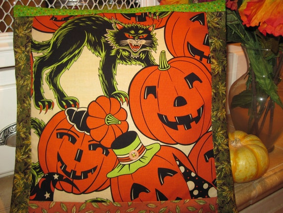 "14"" x 14"" PILLOW COVER - Looks like Halloween Vintage-type Cat Pumpkins Cotton Tablecloth"