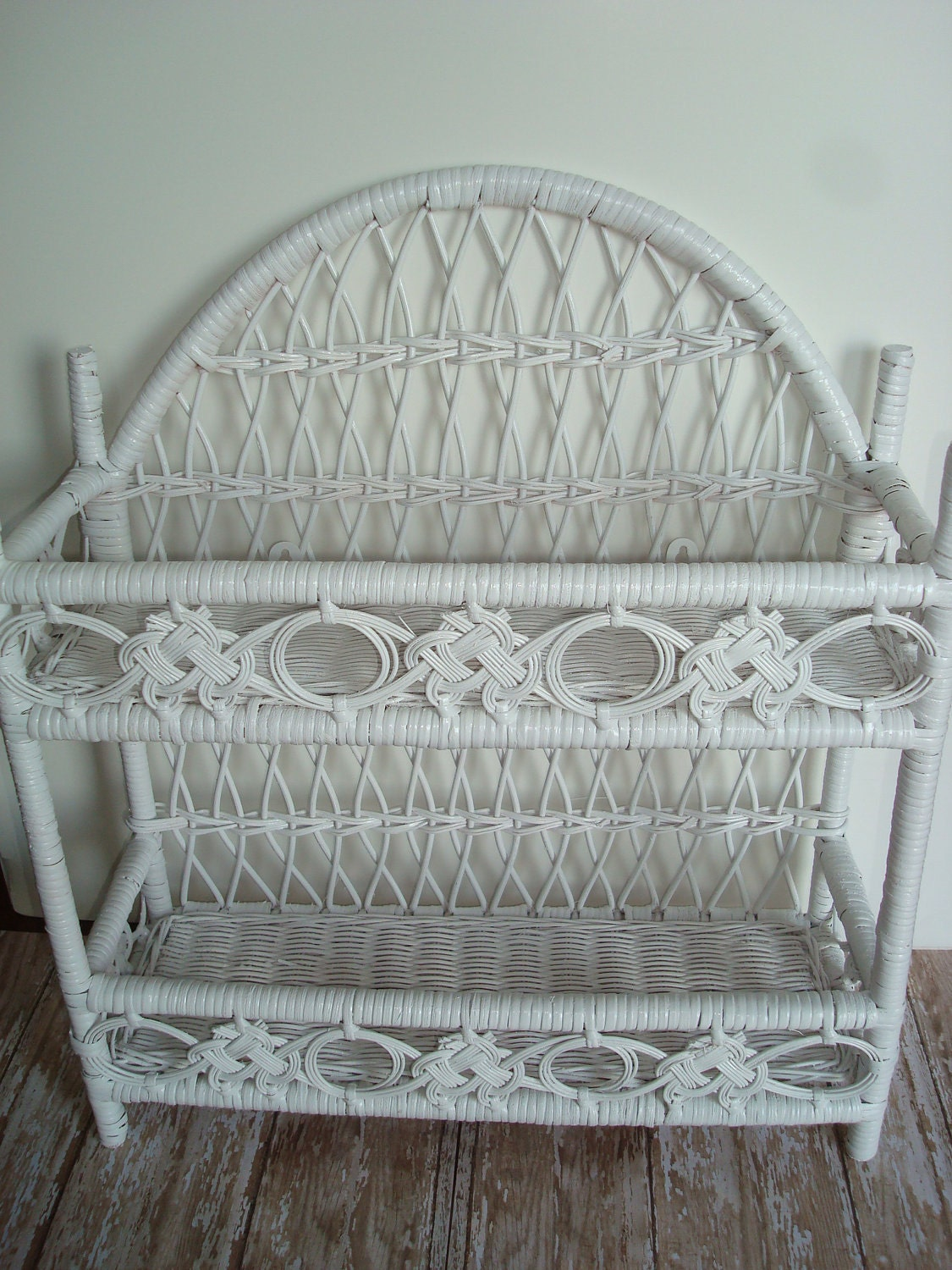 Vintage White Wicker And Rattan Wall Shelf Tabletop Shelf So