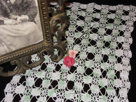 Vintage Doily Set of 3 Green & White (PRICE REDUCED)