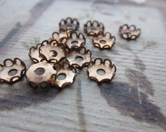 Vintage Brass 7mm Lace Edge Setings 12Pcs.