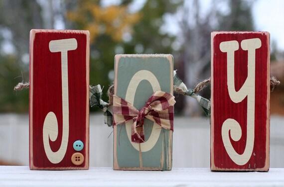 J O Y  wood block set. Country Christmas decor.