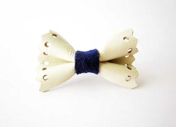 White bow ring, Leather bow ring, Navy blue bow ring, Lace leather ring, Nautical ring, Girls bow ring, Women bow ring, Bow knuckle ring