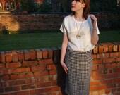 Vintage 80s pencil skirt UK 10 US 6 houndstooth black & white