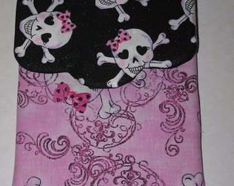 Pink Girly Skulls E Reader Case