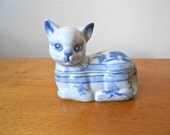Vintage Porcelain Ceramic Cat Dish with Removable Lid in White and Blue Circa 1960s