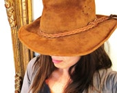 AUSTRALIA  real LEATHER  WALKABOUT hat small
