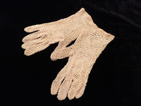 Vintage Small Crocheted Gloves