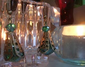 Handmade: Elegant Emerald Colored Drops