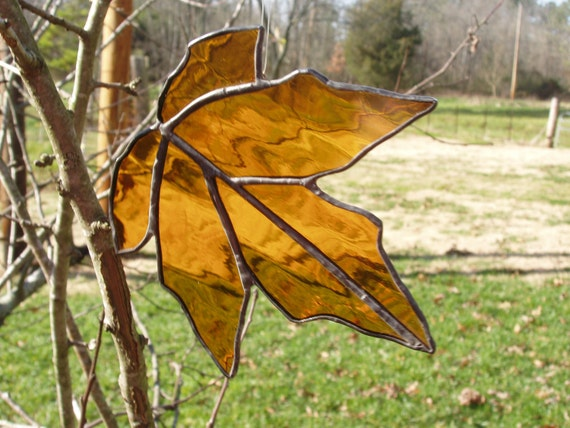 Stained glass amber leaf