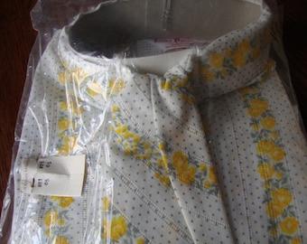 Vintage Girls Blouse 1960s size 14 long sleeved Floral Stripes