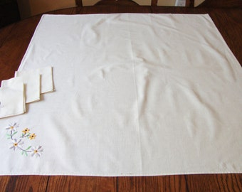 Vintage Tea Cloth and Napkins Embroidered Tablecloth Table Cover Floral Embroidery