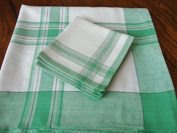 French Country Kitchen Tablecloth and Napkins Linen