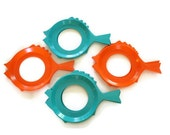 8 Paper Plate Holders from Plate-Mate, Aqua and Orange Fish - FlumeStreet