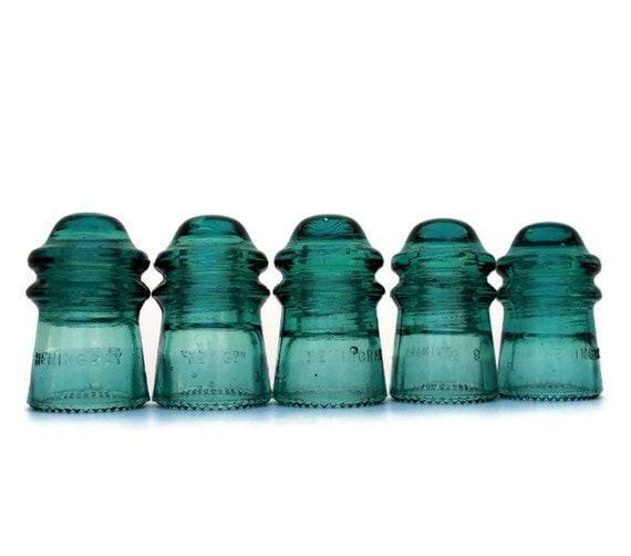 five aqua insulators