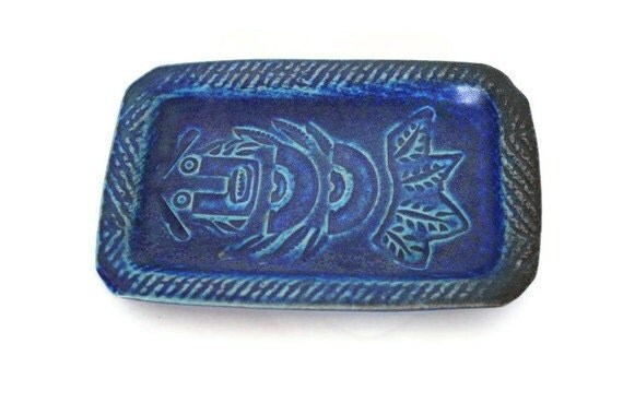 mid century pottery tray in sapphire blue
