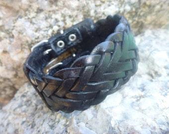 Leather Bracelet.Black  Leather Bracelet .Cuff.Unisex