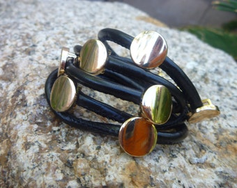 Wrap bracelet.Black Leather Wristband Cuff. Belt. Bracelet .W/Golden Studs Buttons.Women/Men