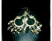 Vintaged Brass Birds Chandelier Earrings - Czech Glass Agate