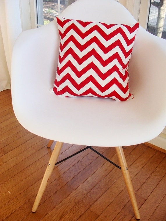 Accent pillow designer decorative pillow cover red and white zigzag modern accent pillow
