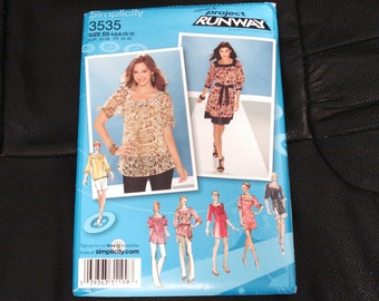 SIMPLICITY RUNAWAY Series Patterns 3535 Size D5 Lady's Top And Dresses.