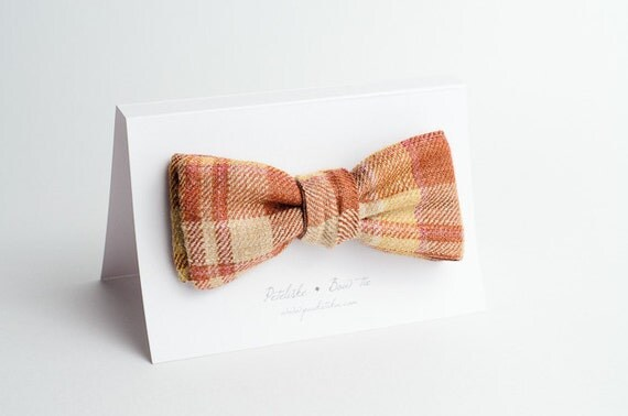 Double-sided bow tie
