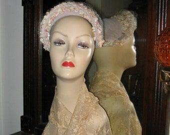 VINTAGE OPPENHEIM COLLINS 1940's, '50's  Gray Velvet  Flowered Hat