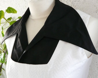 Black shirt women collar on the outside, subtle and delicate on the inside. Elegant no matter how you wear it.