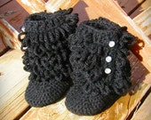 Boots with the Fur - Black Sizes 0 to 12 mos
