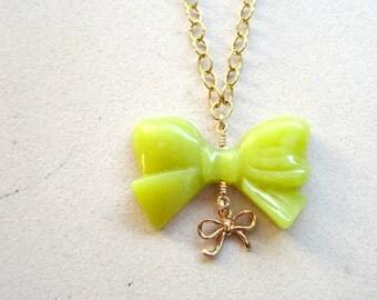 Bow Bracelet - Neon Jade Bracelet - Gold Chain Jewelry - Lime Green Jewellery - Charm Bracelet