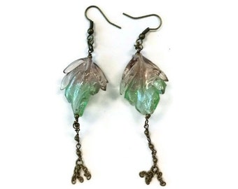 Green Earrings - Brass Chain Jewelry - Leaf - Glass Jewellery - Summer - Fashion Unique Dangle Nature ER-161